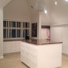 Traditional Closet by CSC DEVELOPMENTS INC