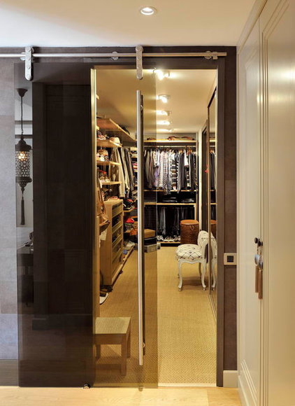 Contemporary Closet by esra kazmirci mimarlik