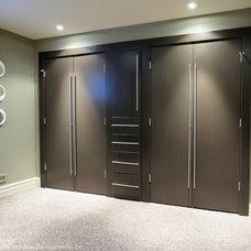 Contemporary Closet by CVK.