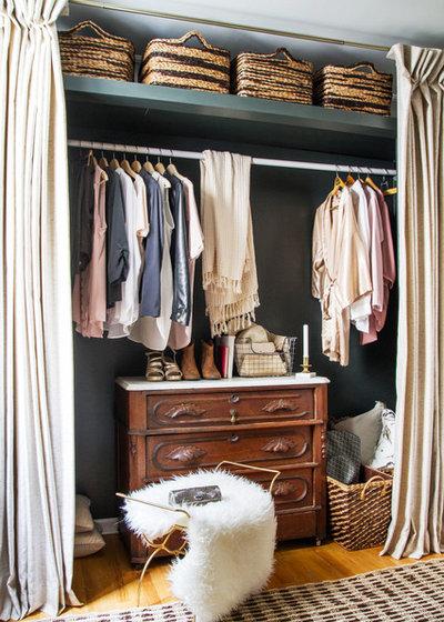 Transitional Closet by Kelly Peloza Photo LLC
