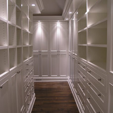 Traditional Closet by Modex Limited