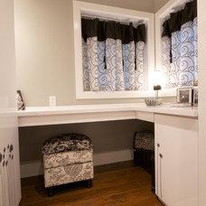 Contemporary Bathroom by TOC design