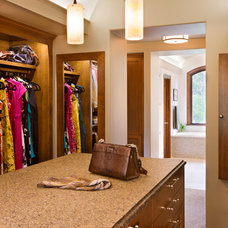 Traditional Closet by CG&S Design-Build