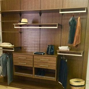 Foto de armario y vestidor unisex, ecléctico, grande