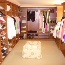 Modern Closet by Closet Solutions