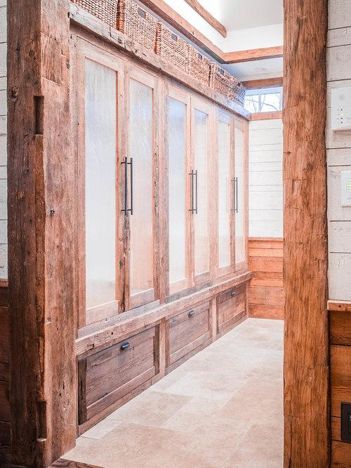 Armoires et dressings avec des portes de placard en bois vieilli photos et id es d co d for Porte placard vitree