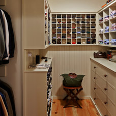 Farmhouse Closet by Connor Homes