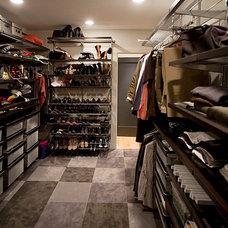 Contemporary Closet by Michael Kim Assoc