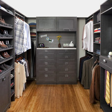 Modern Closet by The Closet Works, Inc.