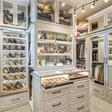 Glam Walk-in w/ LED Accents