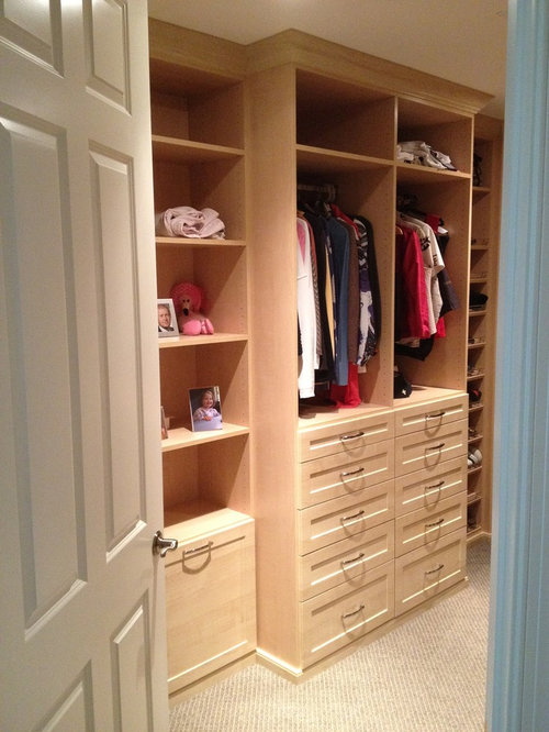 Mid Sized Traditional Womenu0027s Walk In Closet Idea In Miami With  Recessed Panel