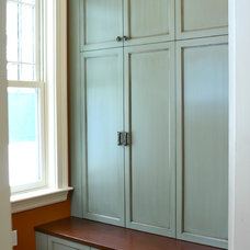 Traditional Closet by Cadieux Woodworking Inc.