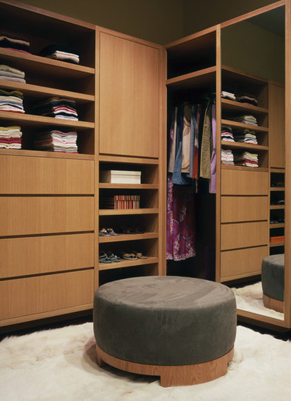 Contemporary Closet by Dufner Heighes Inc