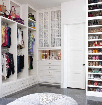 Transitional Closet by Astleford Interiors, Inc.