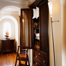 Closet by Robeson Design