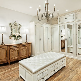 Inspiration for a timeless dressing room remodel in Phoenix