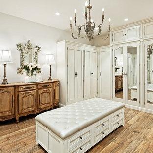 フェニックスのトラディショナルスタイルのおしゃれなフィッティングルームの写真