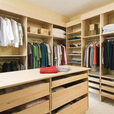 Contemporary Closet by Laurysen Kitchens Ltd.