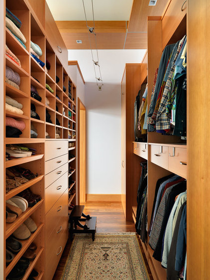 Contemporary Closet by Mike Knight Construction