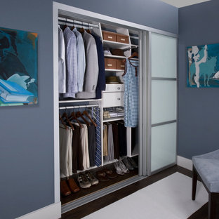 His & Hers Reach-in Closet