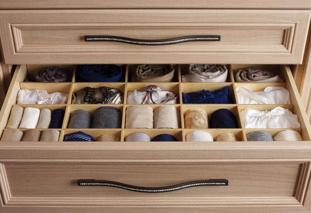 Contemporary Förvaring & garderob by California Closets