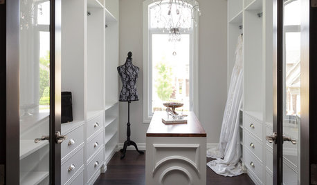 Expert Eye: How to Squeeze in a Walk-In Wardrobe