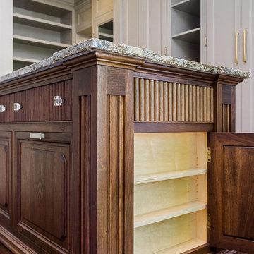Hyde Park Luxury Master Closet