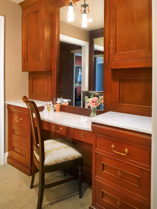 Built in vanities houzz for Bedroom designs with attached bathroom and dressing room