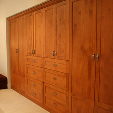 Traditional Closet by Marino General Contracting Ltd