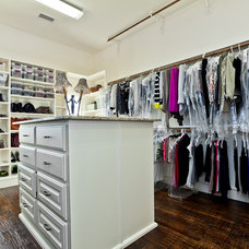 Traditional Closet by Designer