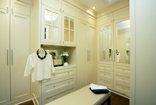 Traditional Closet by Jennifer Brouwer (Jennifer Brouwer Design Inc)