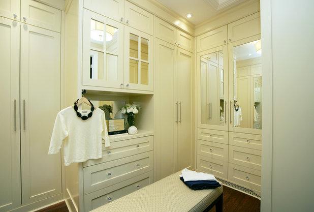 Traditional Closet by Jennifer Brouwer (Jennifer Brouwer Design Inc)