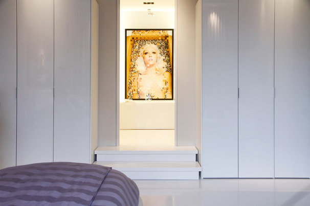 Contemporary Closet by Esther Hershcovich