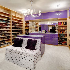 Modern Closet by Cablik Enterprises