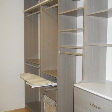 Kauai Master Closet - Driftwood & Arctic White