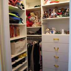 Closet by SpaceMan Home & Office