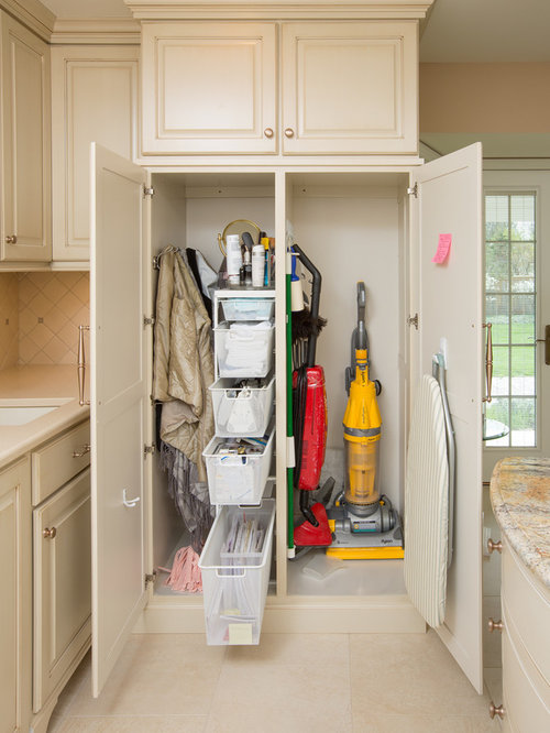 Broom Closet | Houzz