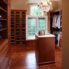 Traditional Closet by Anthony Albert Studios