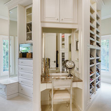 Traditional Closet by Hendrix Properties