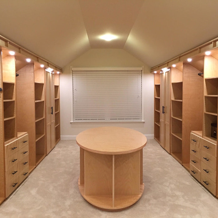 Large Walk-in Closet with Oval Island