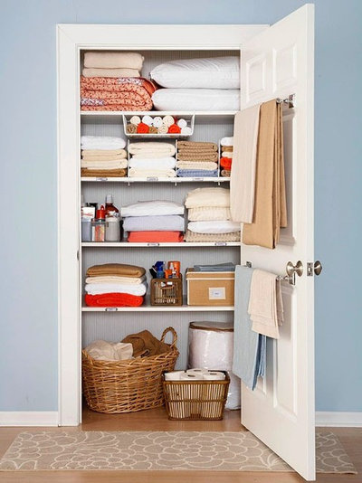 Simple Ways To Get Your Closet Organized Right Now