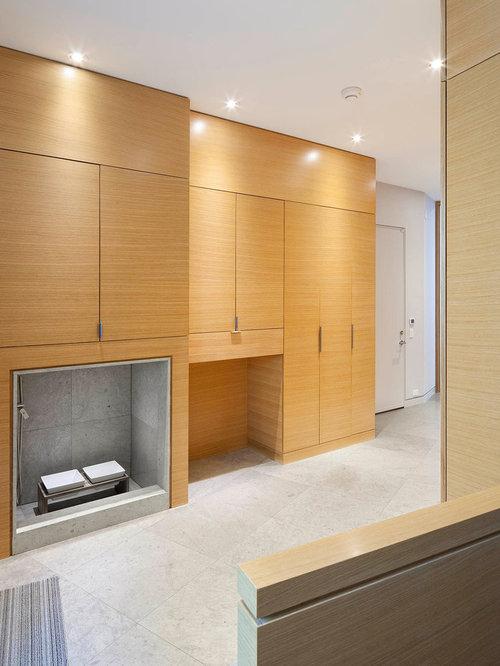 Foto e idee per armadi e cabine armadio armadi e cabine armadio moderni con pavimento in - Foto di cabine armadio ...