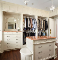 traditional closet by Welch Forsman Associates