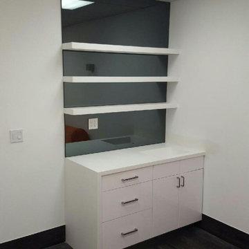 Levins Women Health & Wellness Office / North Miami