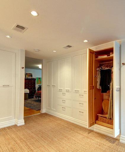 Eclectic Closet by Teass \ Warren Architects