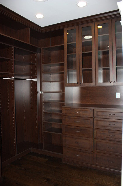 Traditional Closet by LuAnn Development, Inc.
