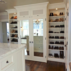 contemporary closet by Amanda Haytaian