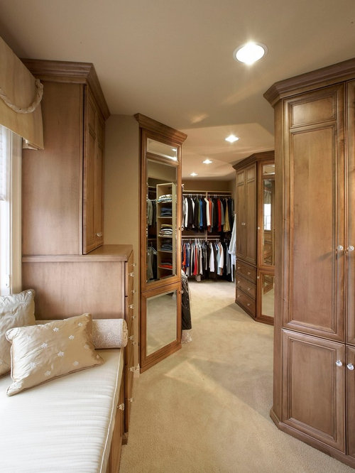 Luxurious master bedroom houzz - Walk in closet designs for a master bedroom ...