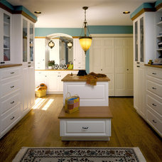 Traditional Closet by Fisher Group LLC