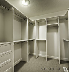contemporary closet by Veranda Estate Homes & Interiors